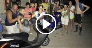 Cubano emigrado ayuda a sus antiguos vecinos en un pueblo de Matanzas