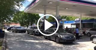 Altos precios y colas en las gasolineras con Irma a más de 2.000 kilómetros de Miami