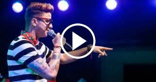 Hospitalizan al cantante cubano Divan por un accidente en pleno concierto en Camagüey