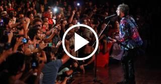 Impresionante concierto de Fito Páez en el Teatro Karl Marx de La Habana