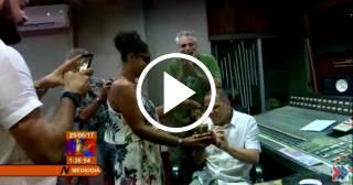 Recibe su Grammy un ingeniero de sonido cubano