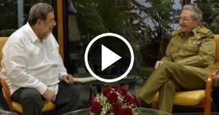 Raúl Castro recibió al primer ministro de San Vicente y Granadinas