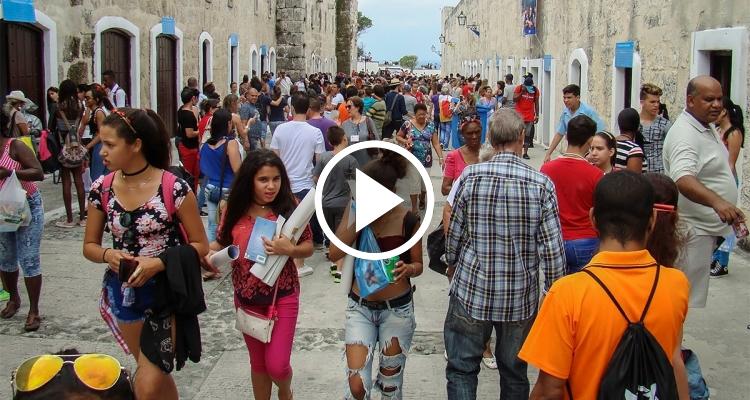 ¿Qué opinan los cubanos sobre la Feria del Libro de este año?