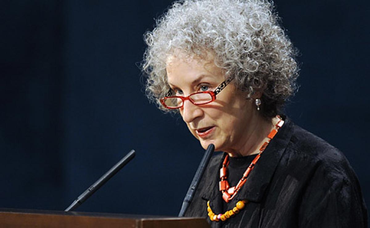 Visitará Cuba la famosa escritora canadiense Margaret Atwood