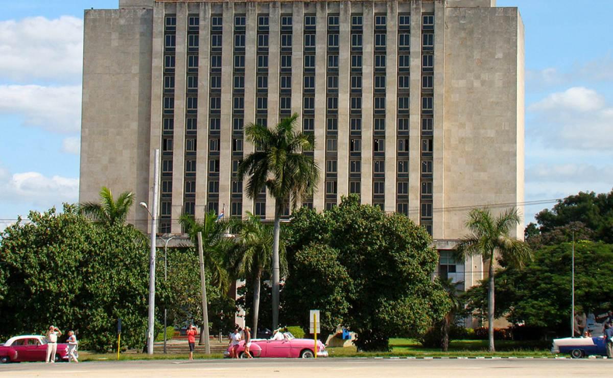 la biblioteca nacional de cuba recibe donacin de francia