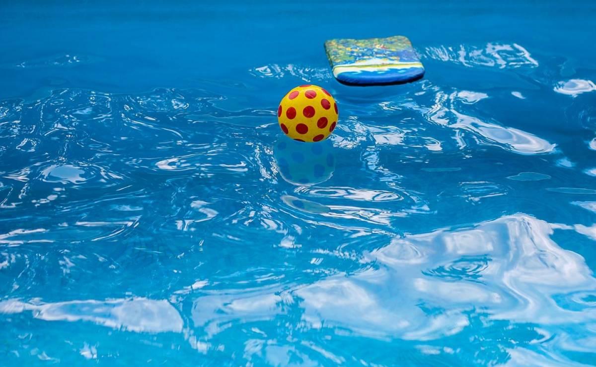 Miami ni a de 2 a os se ahoga en la piscina de su casa for Descuidos en la piscina