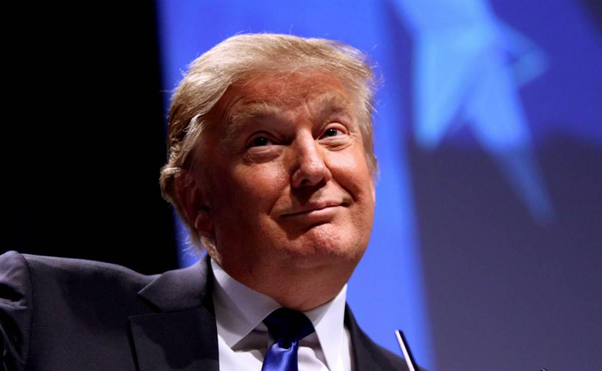 Médico de la Casa Blanca dice que Trump no tiene demencia