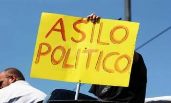 """Exiliovenezolano pide """"alivio migratorio"""" para los más de 30 mil indocumentados de ese país en EE.UU."""