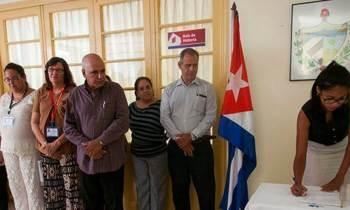 El Consejo de Estado cubano pospone un mes las elecciones por los daños del huracán Irma