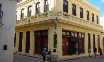Hora de lujo en La Habana: Cuervo y Sobrinos