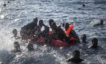 Migrante rescatado en el Mediterráneo: