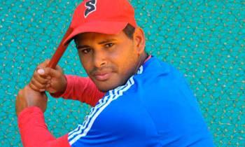 Pelotero santiaguero Luis Yander la O firma con los Rangers de Texas