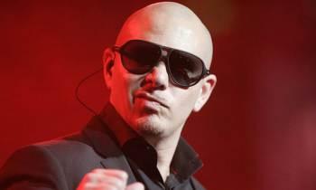 Pitbull será el anfitrión especial de una fiesta de cuatro días a bordo de un crucero