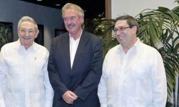 Raúl Castro recibe al Canciller del Gran Ducado de Luxemburgo (+VÍDEO)
