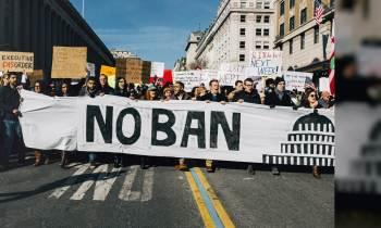 Un juez federal bloquea las últimas restricciones de viaje del gobierno de Trump