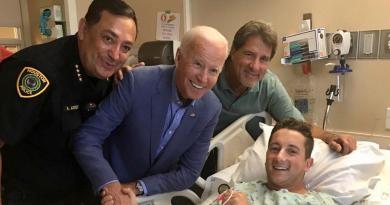 Jefe de la Policía de Houston relata un episodio sobre Joe Biden para resaltar sus valores humanos.