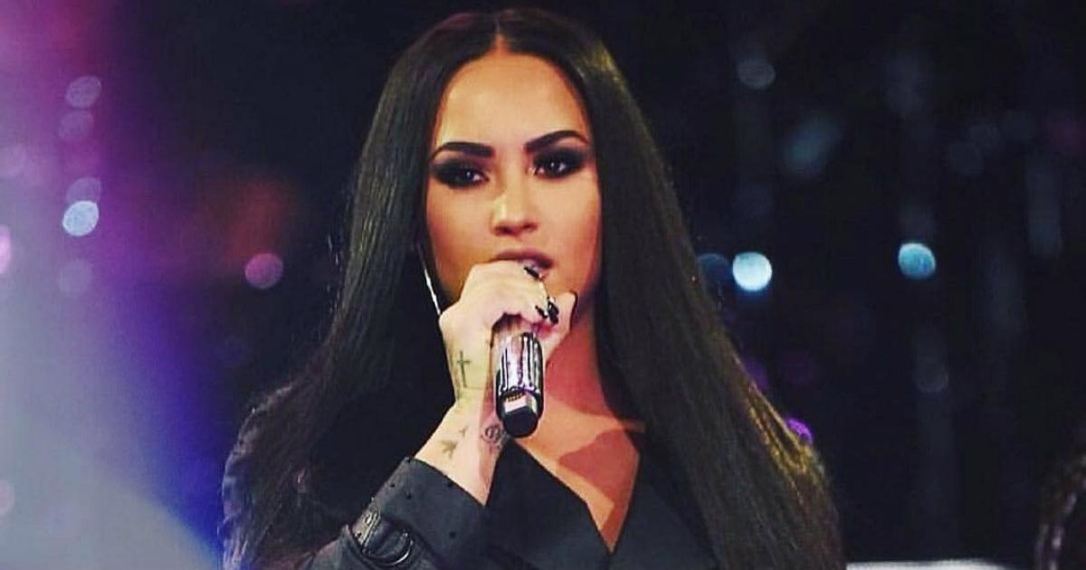 74e431a447ed La foto en ropa interior de Demi Lovato que incendia las redes