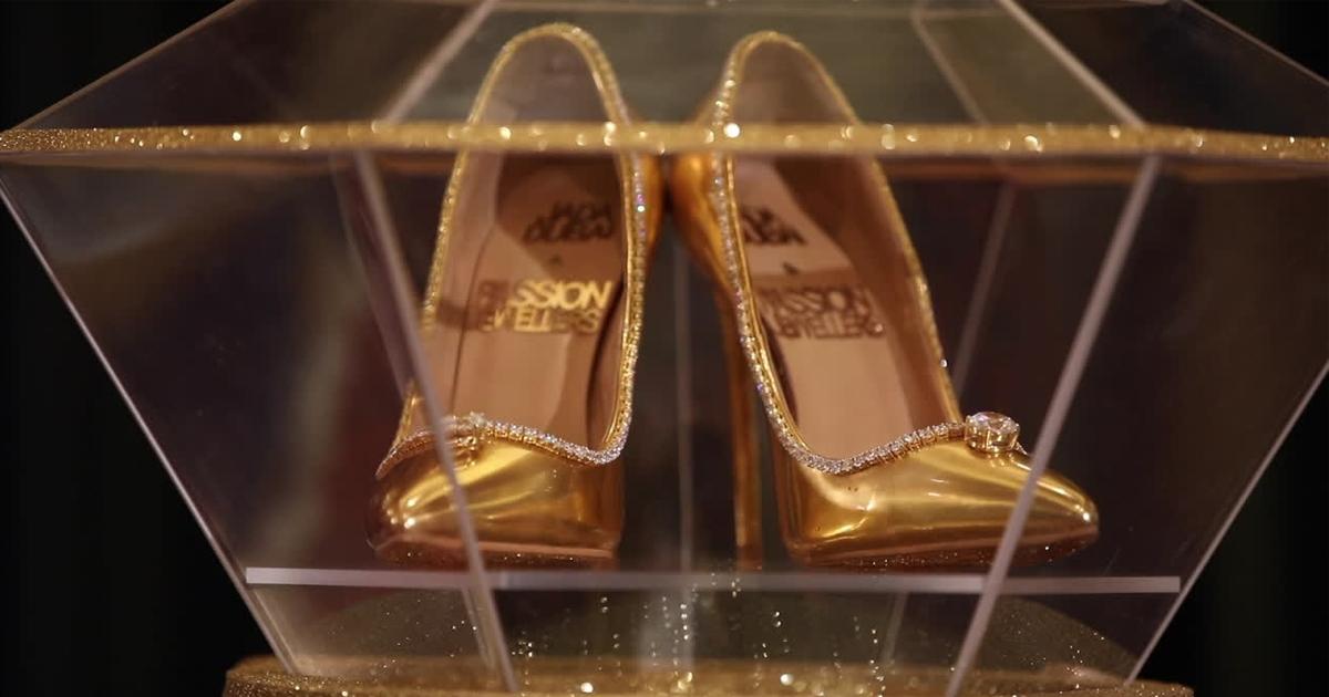 Dubái vende los zapatos más caros del mundo  diamantes 03cef3832f0c