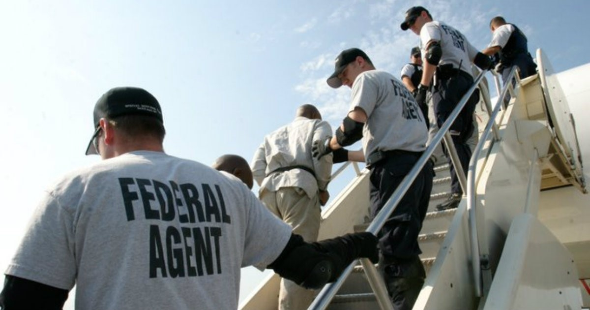 Resultado de imagen para Estados Unidos deporta 120 cubanos