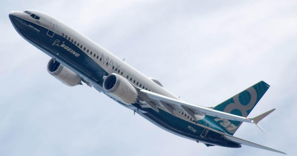 954d1869b8c9d Trump negocia con la compañía Boeing la próxima generación de ...