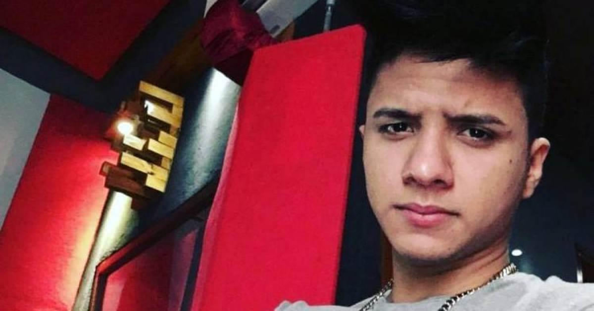 Debuta el joven cantante div n en estados unidos night for Divan cantante cubano