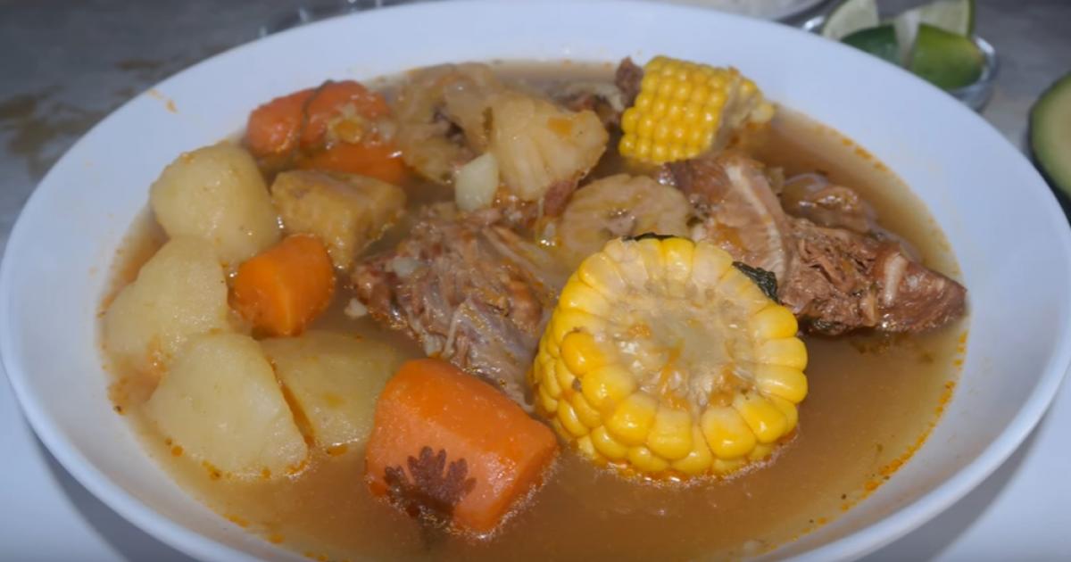 receta caldo de pollo con verduras y fideos