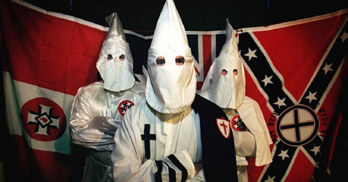 """Ku Klux Klan celebra triunfo de Trump y prepara marcha para """"festejar la victoria"""""""